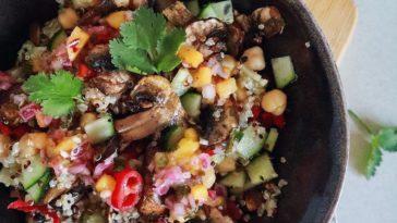 Receita de Quinoa Bowl, com molho de Manga picante 🌶