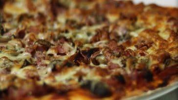 Receita de massa e recheio da Pizza Caseira deliciosa