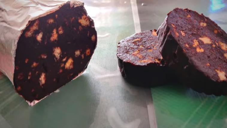 Receita do Salame de Chocolate feito em apenas 5 minutos