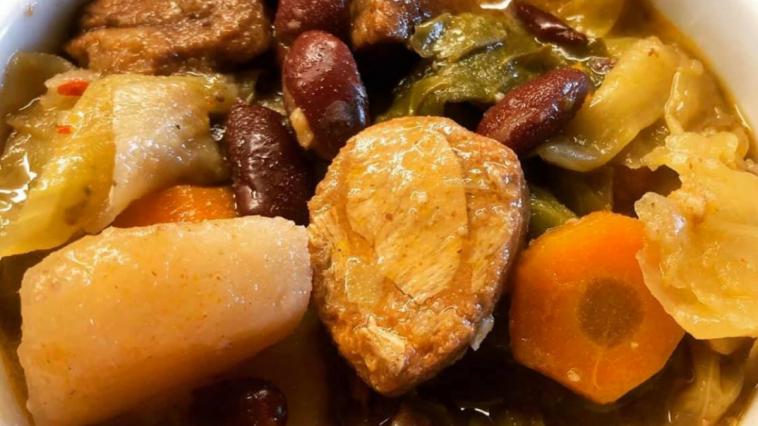 Receita de Cozido à Portuguesa muito tradicional e 100% vegetal