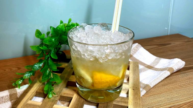 Receita da Caipirinha de lima limão ou maracujá
